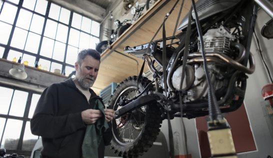 motorcycle oil cchange